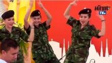 โดนใจ! ทหารสาว มะนาวหวาน กับลีลา ขอใจเธอแลกเบอร์โทร