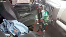 ต้องมีความพยายามจริงๆ ถึงเอากุญแจรถที่ลืมเสียบไว้ออกมาได้