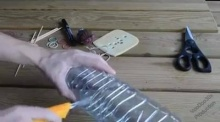 ลองทำดู!!! วิธีทำที่ดักหนูจากขวดน้ำพลาสติกอย่างง่ายๆ