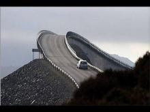 เส้นทางที่อันตรายที่สุดในโลก...แค่เห็นก็ไม่กล้าขับผ่านแล้ว