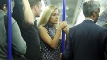 มาดูกันเธอคนนี้จะทำยังไง?? เมื่อโดนลวนลามบนรถไฟ!!