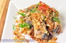 เมนูสุดครีเอท ปลากระป๋องทอดกระเทียมพริกไทย