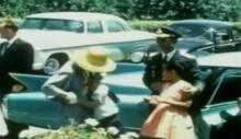 วีดีโอส่วนพระองค์ ครั้งที่ในหลวง ร.๙ -พระราชินี ทรงจากพระราชโอรสและพระราชธิดา 1 เดือนเต็ม
