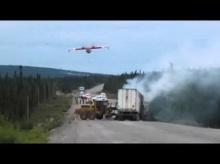 เมื่อรถดับเพลิงมาไม่ได้ จึงต้องใช้เครื่องบินดับไฟ