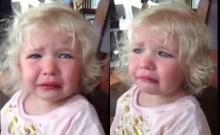 หนูน้อยสุดเศร้า เมื่อแม่บอกว่าเธอกำลังจะมีน้องชาย!