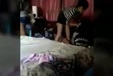 จับชู้ได้คาเตียง!!! สาวใส่ไม่ยั้ง หลังเจอเพื่อนที่ไว้ใจ อยู่บนเตียงแฟนหนุ่ม