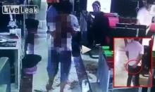 สยองขวัญ!!! กล้องวงจรปิดจับภาพหนุ่มเชือดคอคู่อริในร้านเกมอย่างเลือดเย็น