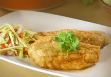 ปลากะพงทอดน้ำปลายำมะม่วง  ไม่ต้องไปกินที่ร้าน
