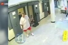 ชีวิตจริงในคุกอเมริกา เมื่อโดนรุมทำร้ายเขาหนีด้วยวิธีนี้