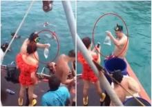 นทท.ดำน้ำเกาะช้าง จับปลาการ์ตูนขึ้นมาใส่ถุงขึ้นมาด้วยซ่ะงั้น!!!