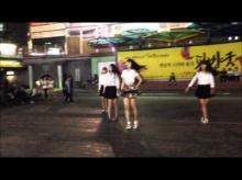 สาวเกาหลีเต้นเซอร์ไพรส์แฟนหนุ่มกลางถนน ฟินสิครับ