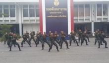 เด็ดดวง!!ทหารคืนความสุขแดนซ์ยับ แว้นฟ้อหล่อเฟี้ยว โดนใจวัยจ๊าบ(ชมคลิป)