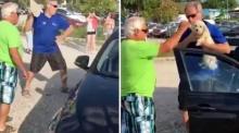 จะเกิดอะไรขึ้น !!! เมื่อชายคนนี้เห็นสุนัขถูกขังอยู่ในรถ