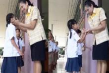 คุณครูอัดคลิป ทักทายเด็กๆ ฝึกภาษาอังกฤษ พร้อมมอบกอดสุดอบอุ่น