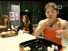 โอ้โห้ กินซูชิได้เร็วสุดๆอ่ะ
