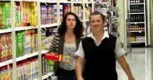 จะเกิดอะไรขึ้น เมื่อพนักงานห้างยอดขยันพบว่า ลูกค้าที่มาใช้บริการ คือลูกสาวของเธอ!