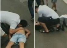 วินาทีชีวิต เด็กคนหนึ่งถูกโยนออกมานอกรถ และ นี่คือสิ่งที่ผู้ชายคนนี้ตัดสินใจทำ!