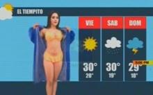 เซ็กซี่ไม่ใช่เล่น! ผู้ประกาศสาว ถอดชุดเหลือแค่บิกินี่ ยืนพยากรณ์อากาศ