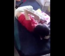 สลด!! แม่ตีลูกทารกน้อยจนร้องลั่น คาเตียงคนไข้!!