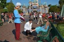 ขอแต่งงาน โดยมีต้นแบบจากการ์ตูน ซินเดอเรลล่า บอกเลยว่าโรแมนติกสุดๆ!