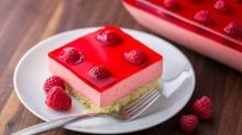 หวานอมเปรี้ยว!! ราสเบอร์รี่เจลลี่เค้ก