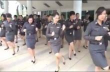 เปิดคลิปตำรวจหญิง โชว์เต้นเพลง รักเติมโปร น่ารักสุด ๆ จนต้องกดไลค์
