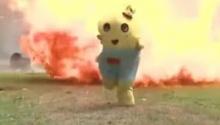 มาสคอตโดนแกล้งวิ่งหนีตาย อย่างฮา!