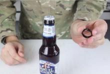 สอนวิธีการเปิดขวดด้วยแหวน !! จะง่ายขนาดไหนไปดูกัน