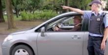 การจอดรถของคุณปู่สุดแสบ ที่ทำให้ทุกคนต้องอึ้ง ( มีคลิป )
