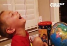 เด็กขำแรง!!เมื่อได้ยินลูกโลกพูดชื่อ ปูติน เพราะอะไร?