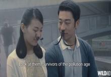 คิดได้เนอะ!!มนุษย์ขนจมูกยาว รณรงค์ต้านมลพิษทางอากาศในจีน