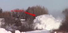 สุดยอด เมื่อรถไฟต้องวิ่งฝ่าหิมะหนาๆ !??