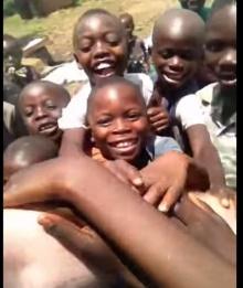 อะไรที่ทำให้เด็กๆเหล่านี้ ยิ้ม ^^ ดูเลย!!