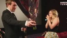 ฟินกระจาย!! คลิปขอแต่งงานที่น่ารักที่สุดในสามโลก!!