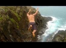 รวมช็อตการกระโดดน้ำที่เสียวที่สุดในโลก..ทำไปได้!!