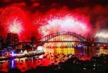 ชมคลิป ออสเตรเลียเคาท์ดาวน์เข้าสู่ปีใหม่จุดพลุไฟ ตระการตา!