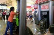 อึ้ง! สาวจีนโมโหพังตู้ ATM หลังโดนตู้กลืนบัตร