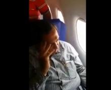 ชายเจอด่ากราดซะจ๋อย หลังลวนลามสาวบนเครื่องบิน