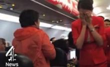 รวมพฤติกรรมแย่ๆ นักท่องเที่ยวชาวจีน บนเครื่องบิน!!