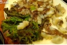 อาหารเกาหลีเมนูสยอง ปลาหมึกเป็นๆ