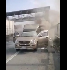 นาทีไฟไหม้ท่วมรถ! #ช่วยไม่ทัน