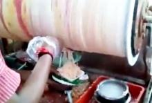 ทึ่ง!! วิธีการทำไอศกรีมอินเดีย สุดแปลกแหวกแนว