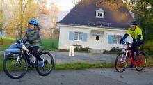 สมเด็จพระบรมฯ พระราชทานวิดีโอปั่นเพื่อพ่อ Clean Bike For Dad