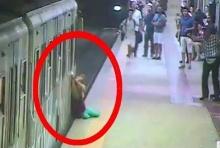 อุทาหรณ์! หญิงโดนประตูรถไฟหนีบกระเป๋า ลากไปกับพื้น