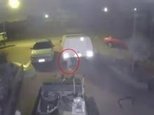 สยองเบาๆ!! หนุ่มอ้างถ่ายติดวิญญาณลึกลับลอยผ่านหน้ารถ