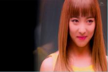 ลูน่า เดบิวต์เดี่ยวด้วยเพลง MV เพลง Free Somebody