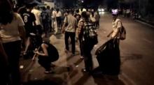 (คลิป)2นักท่องเที่ยวจีนช่วยเก็บขยะดอยสุเทพ-ชาวเน็ตสุดอาย..ไฉนคนไทยเดินผ่านเฉย