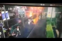 วินาทีระเบิดราชประสงค์ จากสกายวอร์ค โดยนักท่องเที่ยวจีน