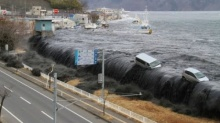 แผ่นดินไหว คลื่นสึนามิในญี่ปุ่น