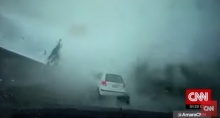 ไต้ฝุ่นเซาเดโลร์รุนแรงหนักมาก ที่ไต้หวันหอบรถปลิวทั้งคัน!!